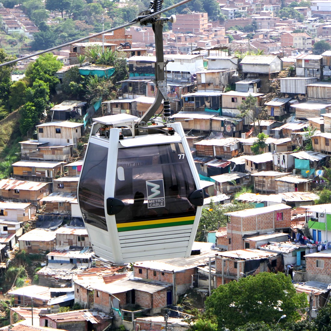 Skycars service the hillside communities - Medellin
