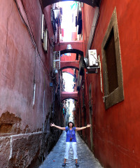 The narrow streets of Old Naples